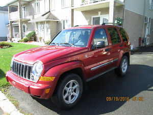 2007 Jeep Liberty limited VUS 7950.00 PRIX FERME