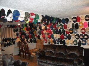 Collection de 400 casquettes