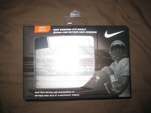 "Visiere/Visor Nike ""clear"" **NEUF** pour 50$"