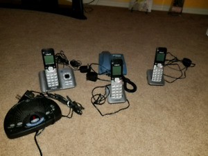Selling landline phones answering machines perfect condition