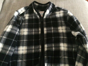 Boys Fleece jacket New 4T Joe Fresh London Ontario image 1