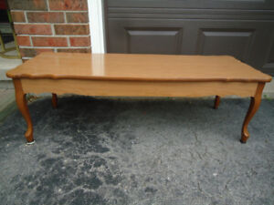 """48"""" COFFEE TABLE WITH FRENCH LEGS - CAN DELIVER - GREAT COND."""