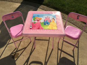 Disney Princess table and chairs folding