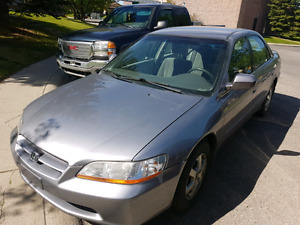 2000 honda accord special edition with only 149000km