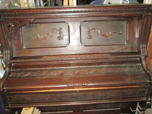 Antique Pump Organ---functional
