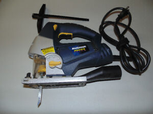 Orbital Jigsaw with Laser Guide with spare blades