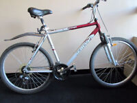 "26"" RALEIGH mountain bike tire size 26"" aluminum frame.,,,,,"