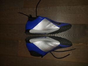 Nike Phantom Vision Pro Dynamic Fit TF - Size 10