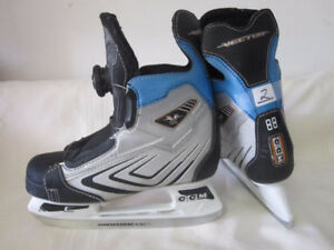 Junior Skates Size 2 (CCM Vector BOA) with BOA Lacing System