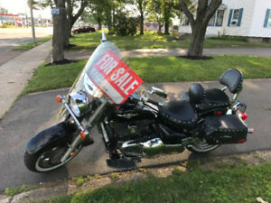 2005 Suzuki Boulevard C90T for sale !!!