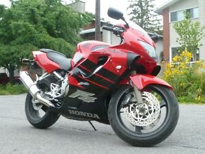 Honda CBR 600 F4, 1999 in excellent condition