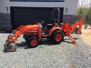 Kioti ck20 hydro backhoe and loader .. Compact tractor