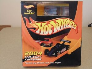 2004 Mattel Hot-Wheels Car-A-Day Calendar PLUS CAR