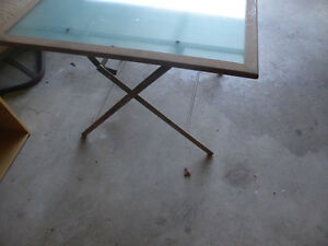 Foldable sqaure patio table with glass top Kitchener / Waterloo Kitchener Area image 2