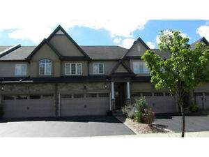 Beautiful Ancaster Townhome on ravine lot