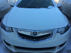 2010 Acura TSX 6 speed,  56,575 km. HEATED LEATHER,COMMAND START