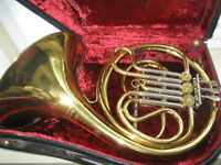 FRENCH HORN MINT CONDITION