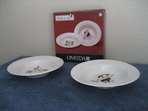 Oneida CHEFS TO GO 6x Soup / Cereal Bowls, 2x Vegetable Bowls