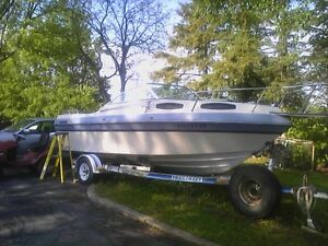 21.5 ft grew boat and trailer for parts Alpha 1 v8 drive