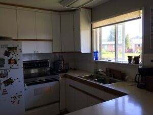 Looking for roommates Prince George British Columbia image 3