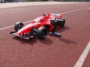 1/4 scale RC FERARI FORMULA ONE RACE CAR