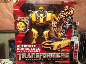 Transformers ROTF ultimate bumblebee MINT IN SEALED BOX
