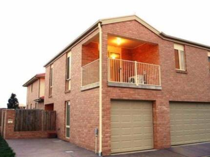 2 Bedroom Townhouse, Gungahlin, amazing investment opportunity