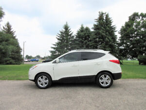 2012 Hyundai Tuscon GLS AWD- WOW Just 68K!!  4 BRAND NEW TIRES!!