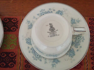 Royal Doulton Romance Collection ( Michelle ) Coffee Service