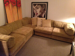 Comfortable Sectional Sofa West Island Greater Montréal image 1