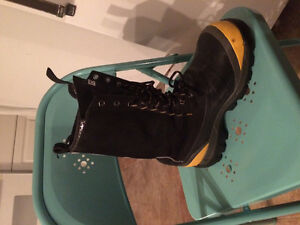 Dacota Safety Boots.