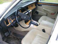 V-12 1987 Jaguar