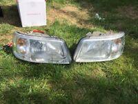Pair vw t5 headlights