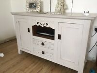 Chabby Chic Sideboard