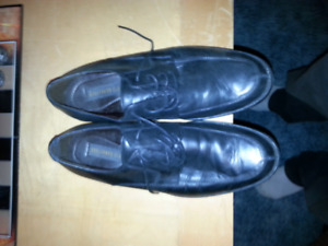 Mens dress shoes size 11