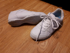 Girls Cheerleading sneakers
