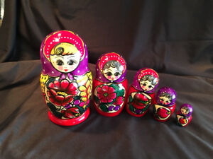 5 pc. set PAINTED WOOD NESTING DOLLS