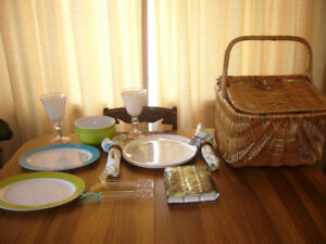 ALL NEW Wicker Basket with Picnic Dishes