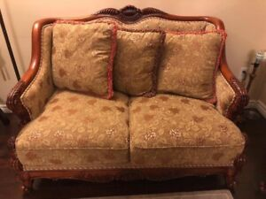 Antique-style love seat and sofa