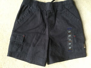 HALF PRICE BRAND NEW CHILDREN'S PLACE SHORTS SIZE 3T