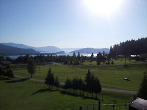 House on 4.23 Lakeview acres in Beautiful Shuswap
