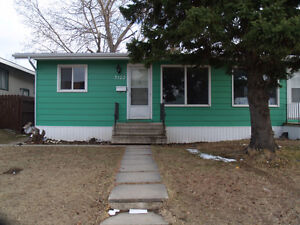 3+1 bedroom whole house in 3122 7th St. E. *********