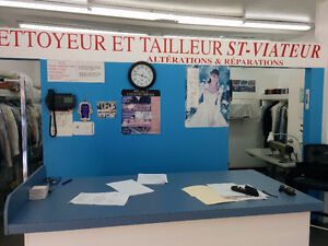 Dry Cleaner For Sale .  Plateau / Mile End  . $55,000