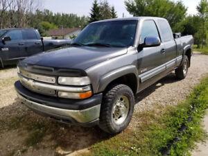 2001 Chevy Silvardo 2500 - $1500 or trade for a car!!