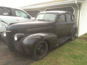 ***Need room make an offer!!1939 Olds,