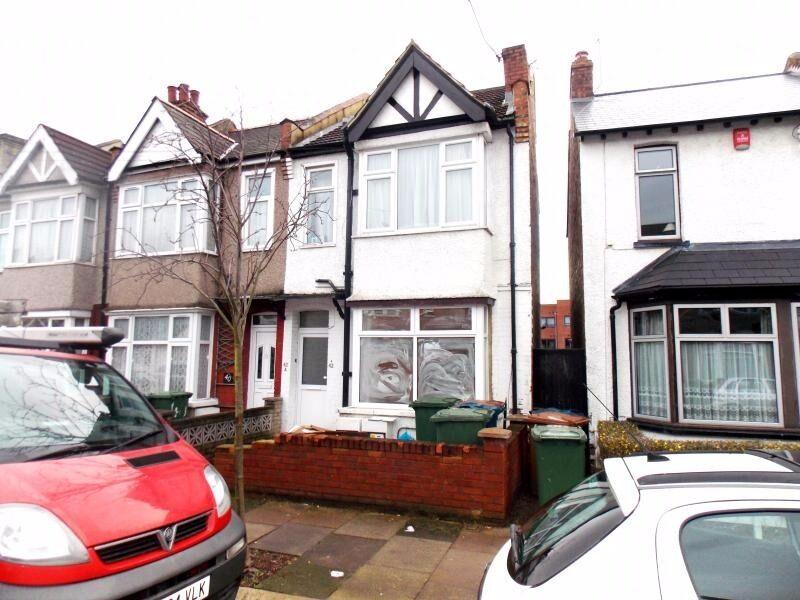 2 bed ground floor flat in Harrow HA3
