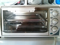 Black and Decker Toaster Oven (Classic Line)