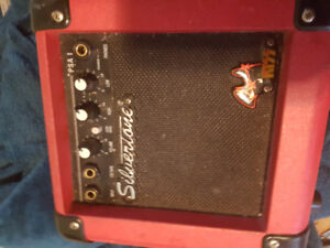 Small but good amp. Best offer gets it