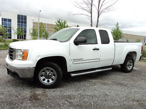 2009 GMC Sierra 1500 SLE 6.6 FT BOX 5.3 L Pickup Truck