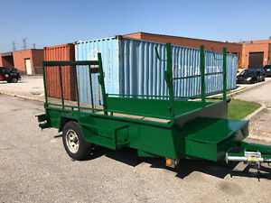 Nice and strong trailer with ramp and spring on the ramp